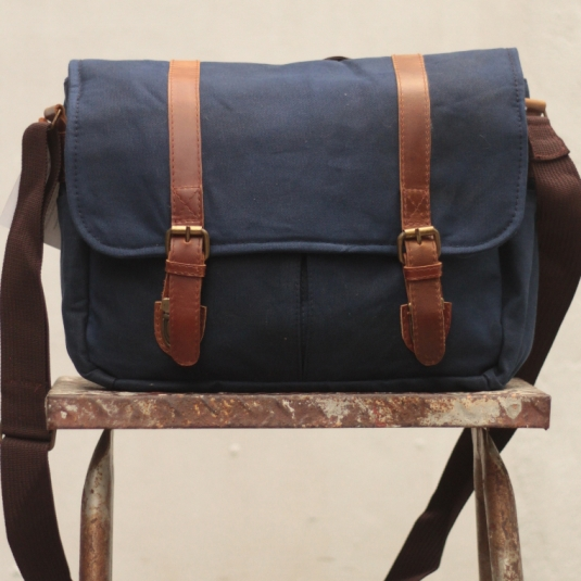 Gouache Handmade Waxed Canvas Laptop Messenger Bag - Navy Blue ...