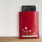 Red leather iPod/ iPhone cover