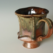 Faceted Mug in Chocolate